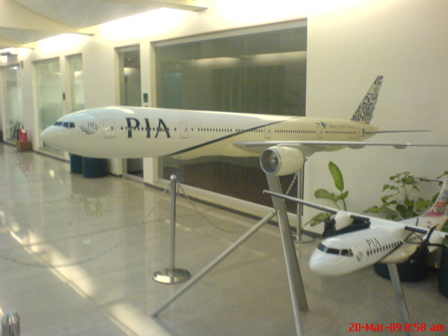 BOENG.777/300 and ATR